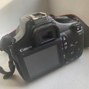 Canon spejlrefleks 1100D 12,2 megapixels.  Taske og oplader følger med.