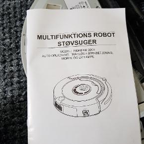 Multifunktionel robot støvsuger  Trådløs fjernbetjening:) Alt tilbehør medfølger den er som ny og kun lige brugt et par gange fejler absolut intet  Nypris var omkring 2000kr Den er din for 200kr Sælges kun da min mor hellere vil støvsuge selv:)