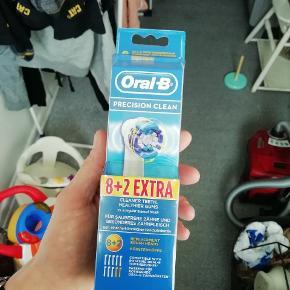 8+2 stk. Oral-B Precision Clean Børstehoveder. Helt ny og uåbnet pakke.   Nypris er ca 200,-  Sælges for 99,- (+ evt. porto).    10 stk. Precision Clean børstehoveder til Braun Oral-B elektriske tandbørster.  Oral-B Clean er verdens mest solgte børstehoveder.