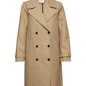 Købt for lille - fin forårs frakke