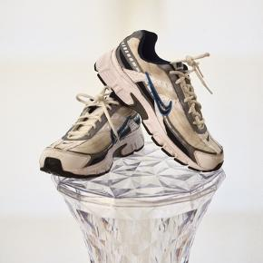 Nike men's initiator Running Shoe i str. 43 👟  Nypris: 750 DKK   OBS: kun brugt 2 gange ❕