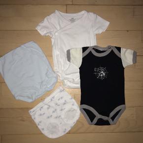 74 tøjpakke tøjpakker body underbukser sort Lyseblå hvid