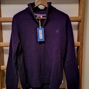Cerutti sweater med zip. Aldrig brugt, stadig med mærker.