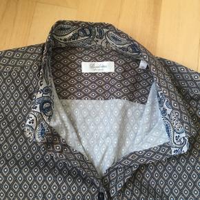 Flot skjortebluse, 100% cotton