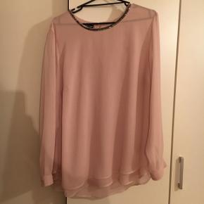 Sælger denne super fine trøje/skjorte fra Gerry Weber. Den er fuldstændig som ny, kun brugt 1 gang. Str 46.