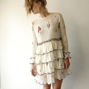 Så smuk Ganni lowell kjole sælges! Pris: 1100kr.
