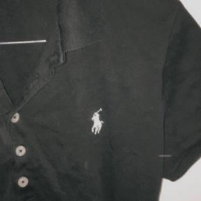 lækker polo ralph lauren skjorte, lille i størrelsen. Ny pris ca. 400