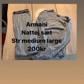 Armani nattøjssæt i grå Str. M/L  Afhentes i Aalborg Øst eller sendes på købers regning