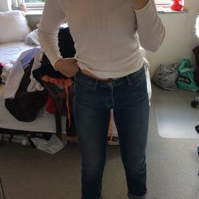 Super flotte jeans. Farven er som på det sidste billede   Skriv gerne for flere billeder
