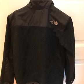 Sælger The North Face jakke. Str XS-S kvindestr. God stand