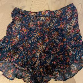 Etc. etc shorts