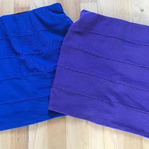Varetype: Midi Farve: Blå Prisen angivet er inklusiv forsendelse.  3% elastik  Blå og lille  Længde 39cm