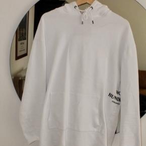 Won Hundred oversized hoodie i str. XS/S - MEGET oversized da det er unisex og kan sagtens passes af en str. L også.