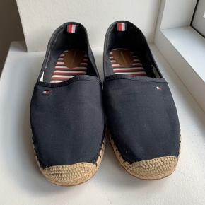 Super fine Rana espadrilles-sko fra Tommy Hilfiger, sælger da de ikke lige var mig alligevel.