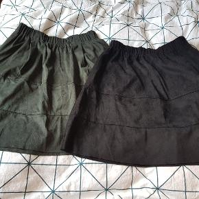 Fine nederdele fra Noisy May/Vero Moda. Str. S. Stadig med prismærke. Ny pris pr. Stk 250, køb én for 150 og begge for 250 😊   OBS! Farven på den grønne nederdel svarer til den, som du ser på billede 2 og ikke billede 1.  Nb. den sorte er solgt.  Husk gratis fragt i efterårsferien, så se gerne alle mine andre annoncer, giver mængderabat 😊