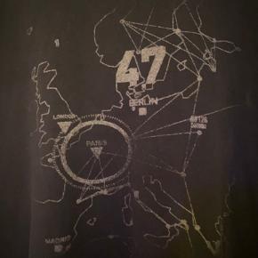 Rare Vintage Hitman IO Interactive t-shirt. Str. M Sjælden og i rigtig flot stand med let slid.