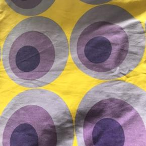2 sæt sengetøj. Skøn kvalitet - silkesatin. Nypris 1000