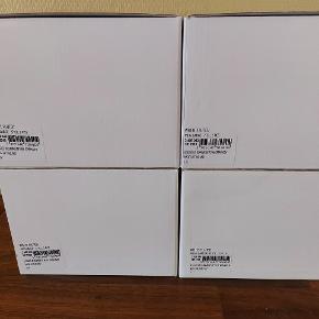 4 pakker med 2 hvidriflede 37 cl krus i....sælges samlet til prisen på annoncen plus porto ...dvs... 8 krus 37 cl for 675 pp