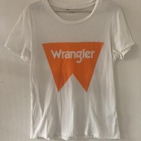 ✨Mega blød t-shirt fra wrangler Købt for stor