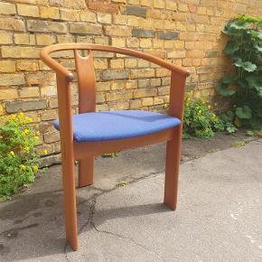 Seks snedkerlavede stole fra Fredericia Stolefabrik. God kvalitet og meget stabile. Sælges samlet for 1500 kr.
