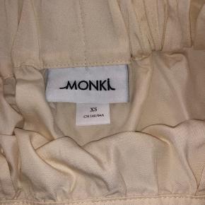 Fin nederdel fra Monki ☀️
