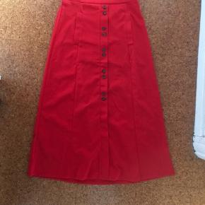 Maxi nederdel i rød - str. M  #sundaysellout