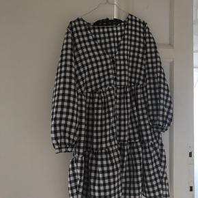 Sælger denne søde ternet kjole Aldrig brugt   #Secondchancesummer