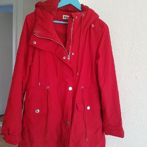 Flot Danefæ jakke ! Brugt maks 3 gange. Aldrig vasket. Købt sidste vinter.