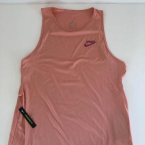 Yoga top fra Nike.