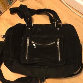 Flot taske, næsten som ny - byd endelig! 🌟