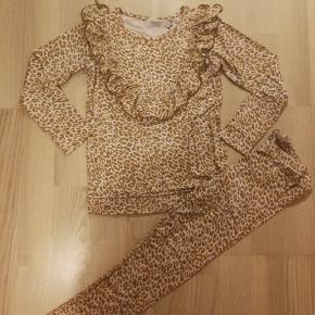 Sødt MarMar Leopard sæt - Aldrig brugt.  Nypris: 500,- Sælges for 245,- (+ porto)