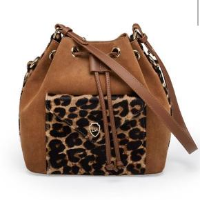 Leowulff leather/ suede leopard bag  Size and shape is similar to Louis Vuitton petite Noe