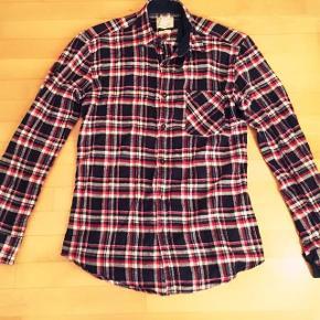 Selected Homme slim fit ternet skjorte str S i rød og mørkeblå farver