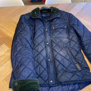 Lækker jakke til efteråret   Er gået meget lidt med. :-)