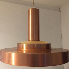 Kobber lampe med intakt gitter, kender ikke designer, dia:35, med brugsspor - fast pris