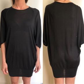 Gucci strik der kan bruges som top men også styles med leggins eller som kjole