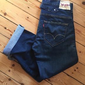 Levi's jeans, model 503 Loose jeans Super stand 👌🏻 Kan prøves først.  Afhentes Kbh Sv eller sender med DAO.