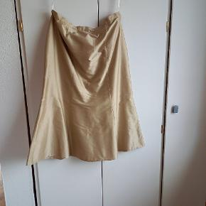 Therese kjole eller nederdel
