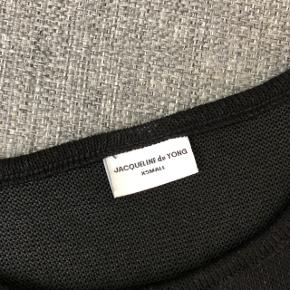 Bluse fra JACQUELINE de YONG  Str xs  Sælges for 10kr