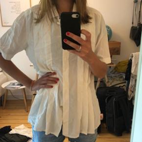 Vintage skjorte str 38. 100 % silke