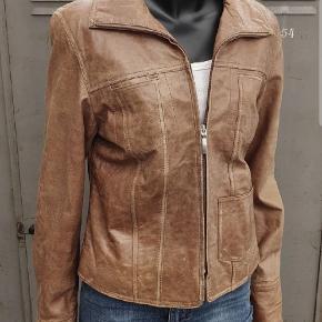 Fin læderjakke fra Brock Leather, str. 38 - nypris 800,00