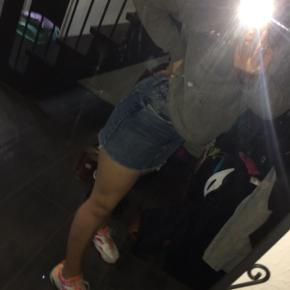 Sælger denne Zara denim nederdel. Xs-s