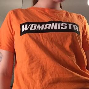 Fed orange t-shirt  fitter xs/s