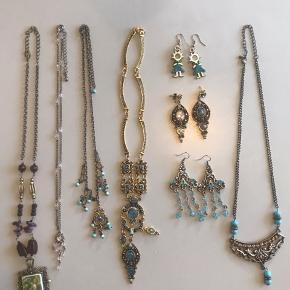 Blandede smykker. Sælges samlet.