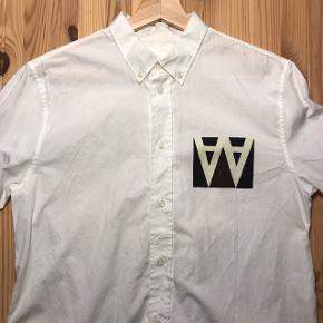Wood Wood skjorteSælges da den er blevet for lille, kun brugt en eller to gange