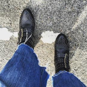 Sælger disse sko fra mærket Bronx Brugt 2 gange  Str. 36 Np. 799kr Mp. 300kr