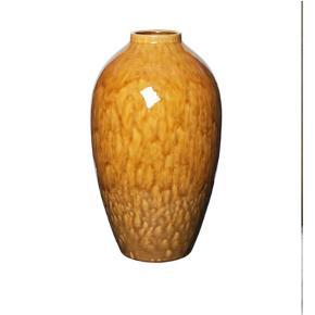Ø: 23,5 cm H: 40 cm