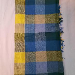 Levi's tørklæde