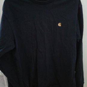 2 for 150 kr - en i mørkeblå og en i grå