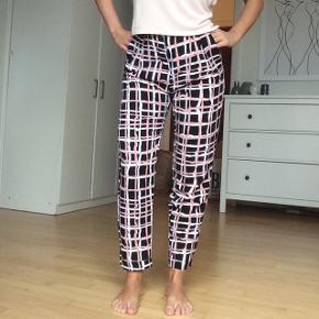 Bukser fra monki str xs.